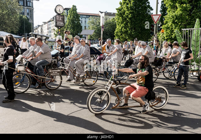 Parade for legalising Cannabis, Kreuzberg, Berlin - Stock Image