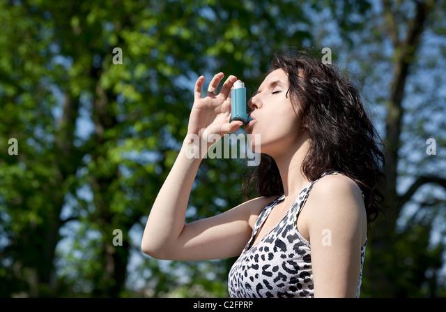 brown steroid inhaler side effects