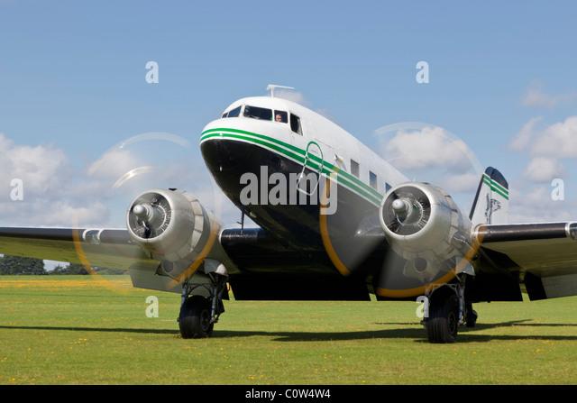 Douglas DC-3 Dakota, reg G-AMRA, displaying at Sywell - Stock Image