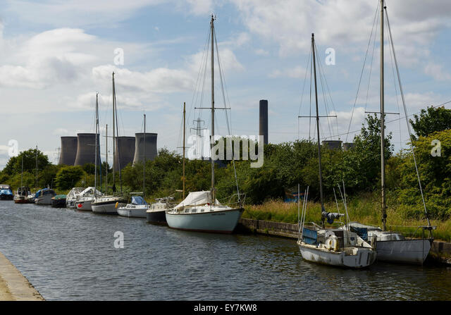 Sailing boats on the St Helens canal in Penketh near Warrington UK - Stock Image