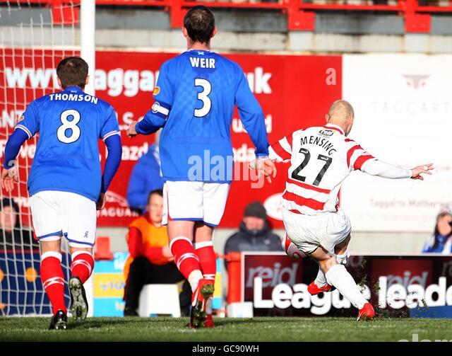 Soccer - Scottish FA Cup - Fourth Round - Hamilton Academical v Rangers - New Douglas Park - Stock Image