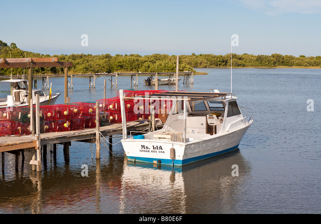 Crabbing boat stock photos crabbing boat stock images for Commercial fishing florida
