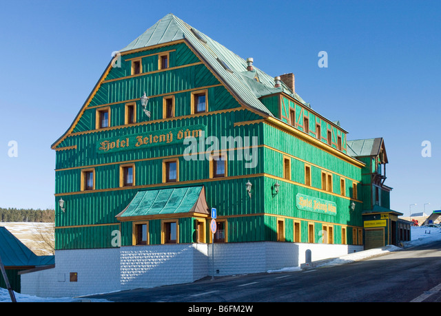 Zeleny dum, green house, hotel in Bozi Dar, Karlovy Vary district, West Bohemia, Czech Republic, Europe - Stock-Bilder