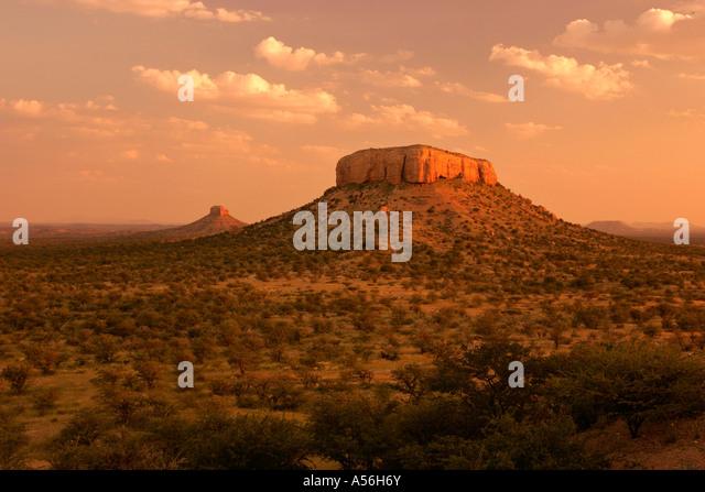 Ugab Terassen im Abendlicht Ugab Tal Namibia Afrika Ugab terraces in evening light Ugab valley Namibia Africa - Stock-Bilder