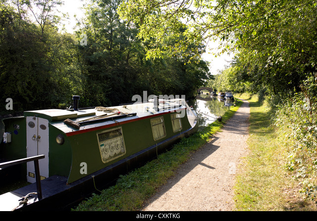 Narrowboats on the Grand Union Canal, Warwickshire, UK, England, GB, British, English, inland, waterways, canals, - Stock Image