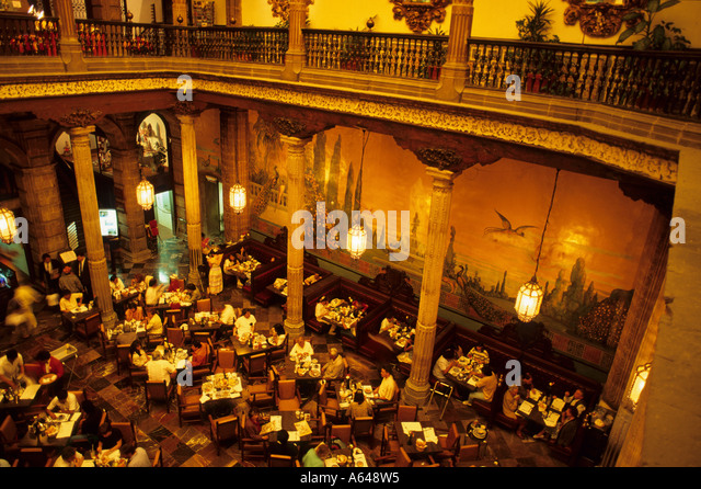 Sanborns mexico stock photos sanborns mexico stock for Azulejos restaurante