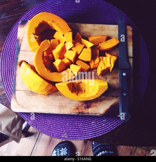 Cooking pumpkin soup - Stock-Bilder