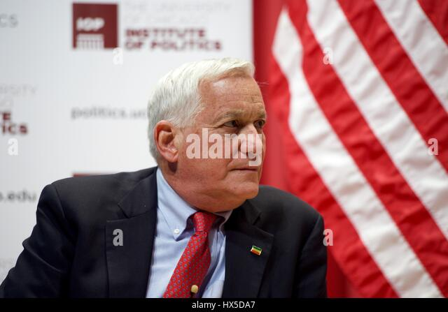 Aspen Institute President Walter Isaacson, joined by US Secretary of State John Kerry, discusses global affairs - Stock Image