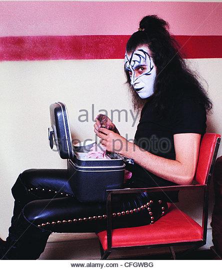 Kiss Tommy Thayer Makeup: Gene Simmons Makeup Stock Photos & Gene Simmons Makeup