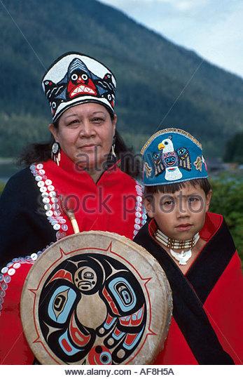 Alaska Petersburg Tlingit Native Americans Seet Ka Kwaan Dance Group tribal costumes regalia - Stock Image