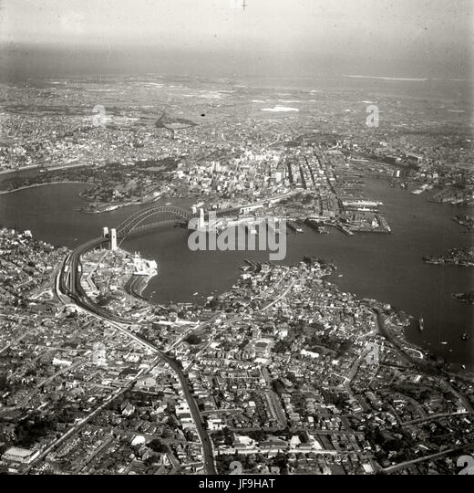North Sydney - Harbour Bridge - 1937 30129798666 o - Stock Image