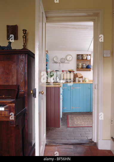 country kitchens photos traditional neutral fitted stock photos amp traditional 2936