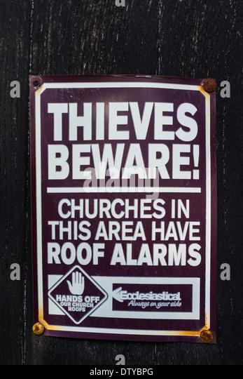 Thieves Beware church sign - Leighton Buzzard - Stock Image