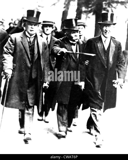 Lloyd George of UK, Clemenceau of France & Woodrow Wilson, President of US stroll down Champs Elysees for Paris - Stock Image