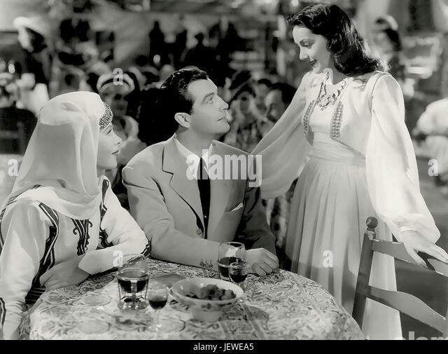 1939 Hedy Lemarr with Robert Taylor and Mary Taylor in Lady Of The Tropics - Stock-Bilder