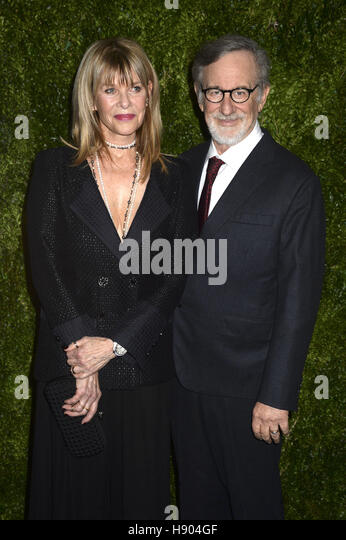 New York City. 15th Nov, 2016. Kate Capshaw and Steven Spielberg attend the MoMA Film Benefit presented by Chanel - Stock Image