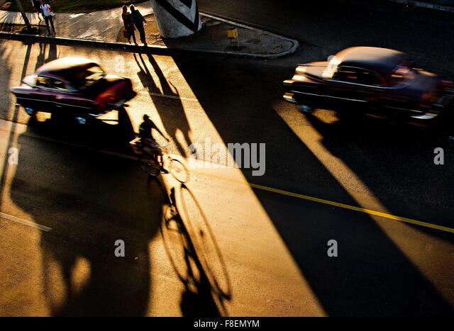 Havana, Cuba. 26th Feb, 2015. Thousands of American veteran cars go through the streets of Havana, in Cuba, February - Stock-Bilder