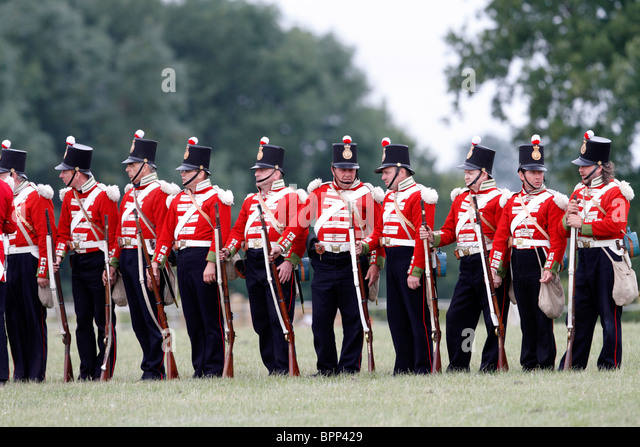 Crimea Redcoats 1854-1856. 19th Foot, 3 band Enfield rifle, muzzle loading, with percussion cap. Festival of History - Stock Image