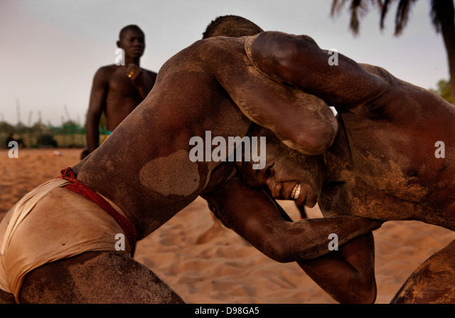 Senegalese traditional wrestling, Dionewar Senegal - Stock Image