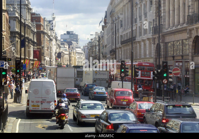 an introduction to the traffic in central london Here maps for life check traffic flows, jams and more in cities around the world london helsinki.