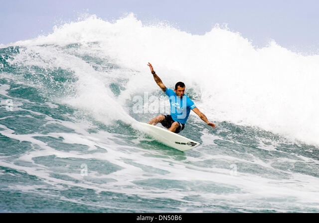 Nov 30, 2006; Oahu, HI, USA; Brasilian NECO PADARATZ (pictured) posted one of the highest heat scores of the day, - Stock Image