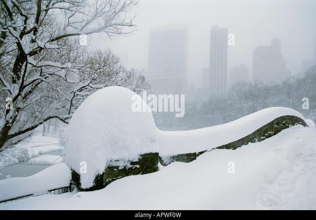 Central Park New York City Gapstow Bridge Snow Scene Winter Blizzard Sandra Baker - Stock Image
