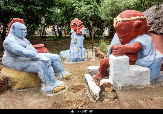 Johannesburg South Africa African Soweto Kwa-Khaya Lendaba Credo Mutwa Cultural Village sculptures - Stock Image
