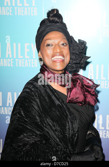 jessye norman american opera singer and Marilyn horne, in full marilyn bernice horne, (born jan 16, 1934, bradford, pa, us), american mezzo-soprano noted for the seamless quality and exceptional range and flexibility of her voice, especially in coloratura roles by gioacchino rossini and george frideric handelshe was also instrumental in reviving interest in their lesser-known operas.