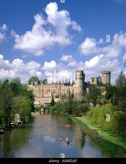 GB - WARWICKSHIRE: Warwick Castle and River Avon - Stock Image