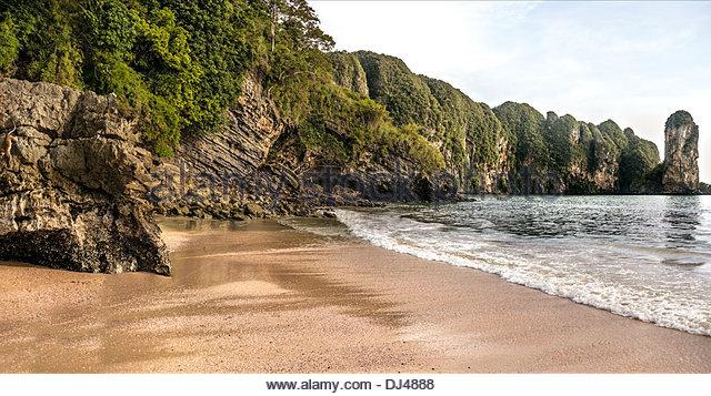 Scenic view of Ao Nang Beach near Krabi, Southern Thailand - Stock-Bilder