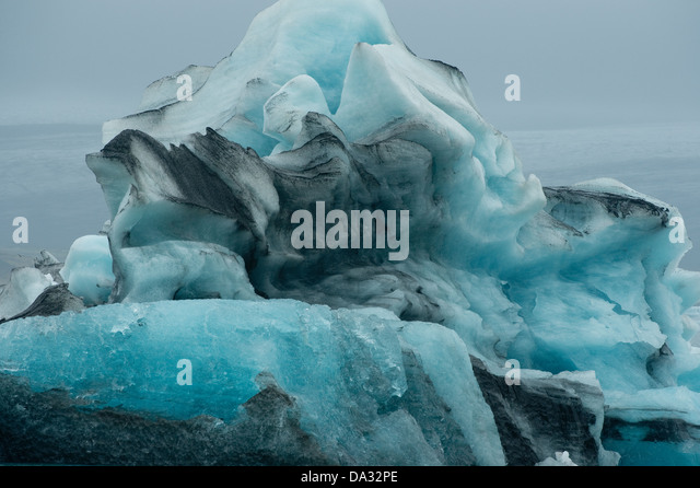 Drifting icebergs at 'Iceberg Lagoon' at Jökulsárlón Iceland Europe North Atlantic - Stock Image