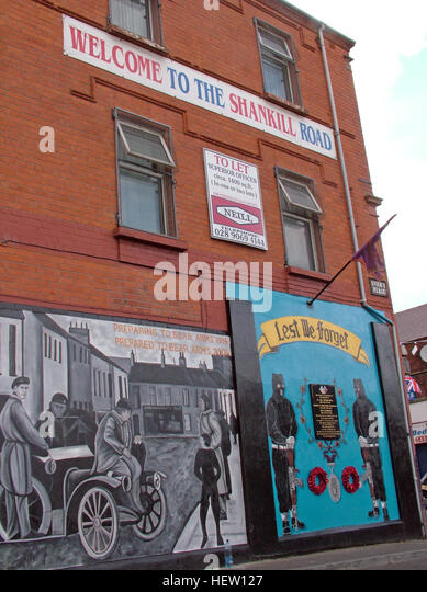 Shankill Road Mural -Lest we Forget, West Belfast, Northern Ireland, UK - Stock Image