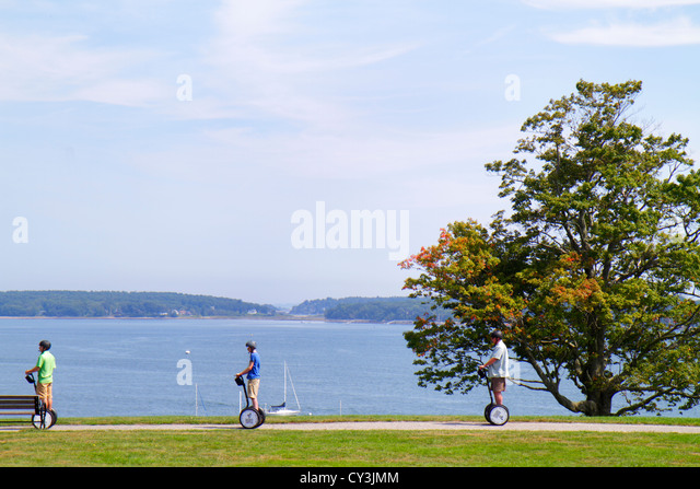 Maine Portland Casco Bay Fort Ft. Allen Park Segway Segways tree scenic - Stock Image
