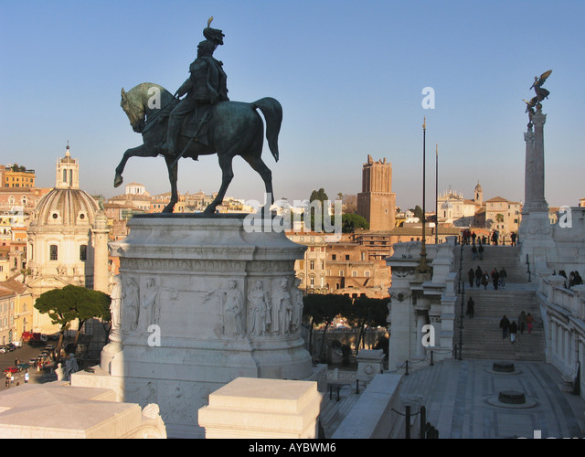 Equestrian statue of Vittorio Emmanuelle in front of Vittorio Emmanuelle Monument Piazza Venezia Rome Italy - Stock Image