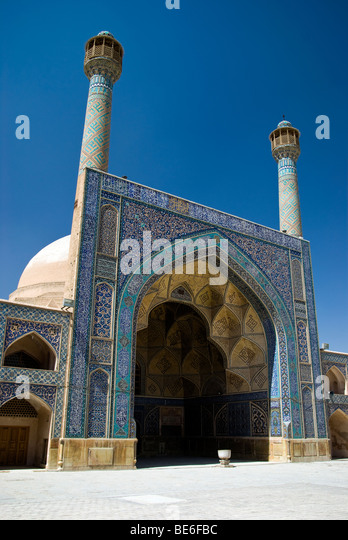 The main entrance of the Jameh Mosque (iwan), Esfahan, Iran - Stock Image