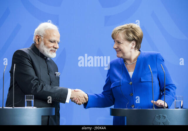 Berlin, Germany. 30th May, 2017. The German Chancellor Angela Merkel, and the Indian Prime Minister Narendra Modi, - Stock Image