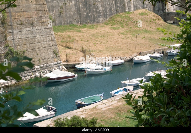Contras Fossa moat Corfu town - Stock Image