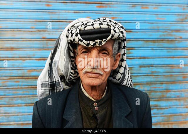 Portrait of a Jordanian man wearing a traditional Keffiyeh - Stock Image