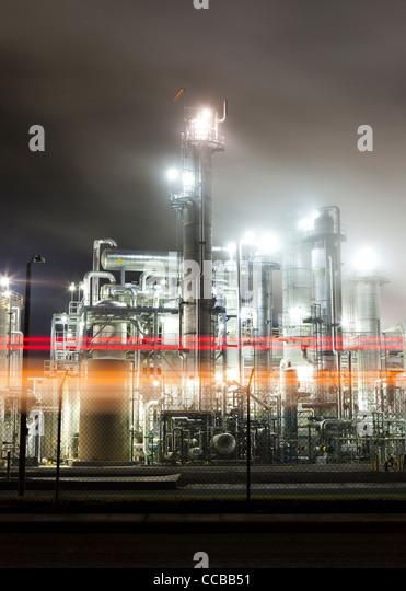 Industrial refinery smokestacks - Stock-Bilder