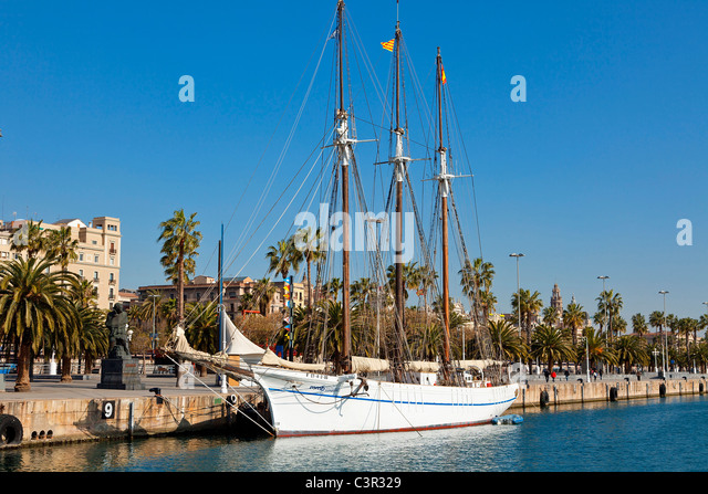 Sailing ships at the Old Port in Barcelona - Stock Image