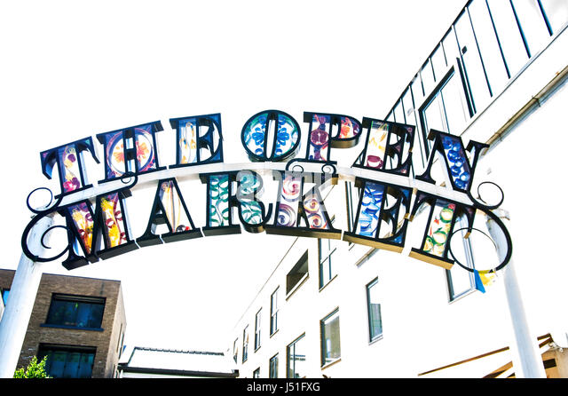 The Open Market on Brighton's London Road attracts members of the local community as well as visitors who shop - Stock Image