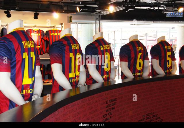 barcelona soccer fan stock photos barcelona soccer fan stock images alamy. Black Bedroom Furniture Sets. Home Design Ideas