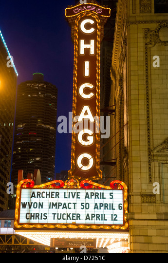 The famous Chicago Theater on State Street - Stock Image