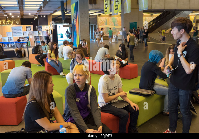 Sydney Australia NSW New South Wales UTS University of Technology Sydney campus Library student Asian man woman - Stock Image