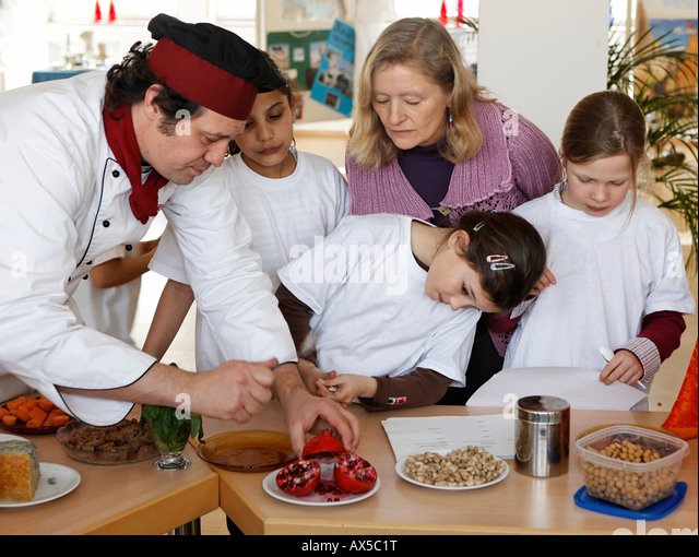 how to train to be a teacher of nutrictional cookery