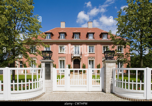 europe, germany, brandenburg, potsdam, villa where Churchill lived in 1945 in the course of the potsdam conference - Stock Image
