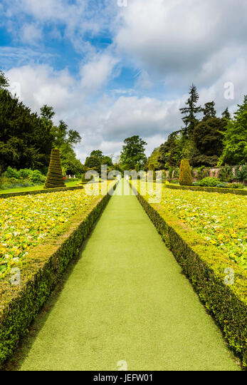 Long pathway in the gardens at Cliveden, Buckinghamshire, UK - Stock Image