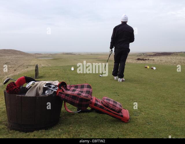 Scotland, Man playing golf - Stock Image