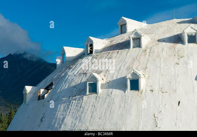 Igloo Village Gas Station Alaska - Stock-Bilder