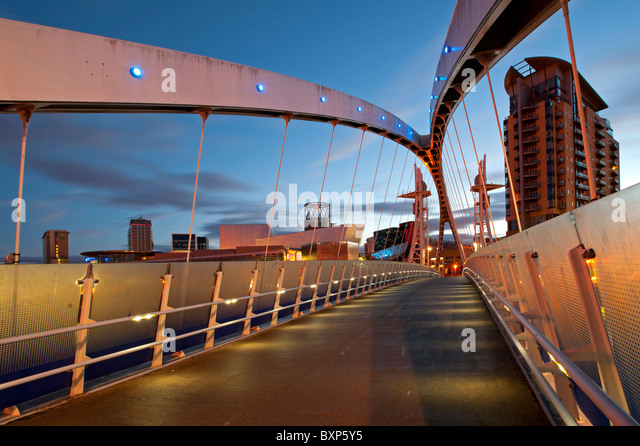 The Footbridge Salford Quays Manchester - Stock Image